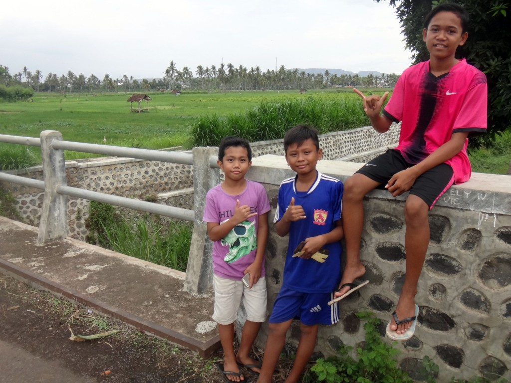 Children in front of ricefield
