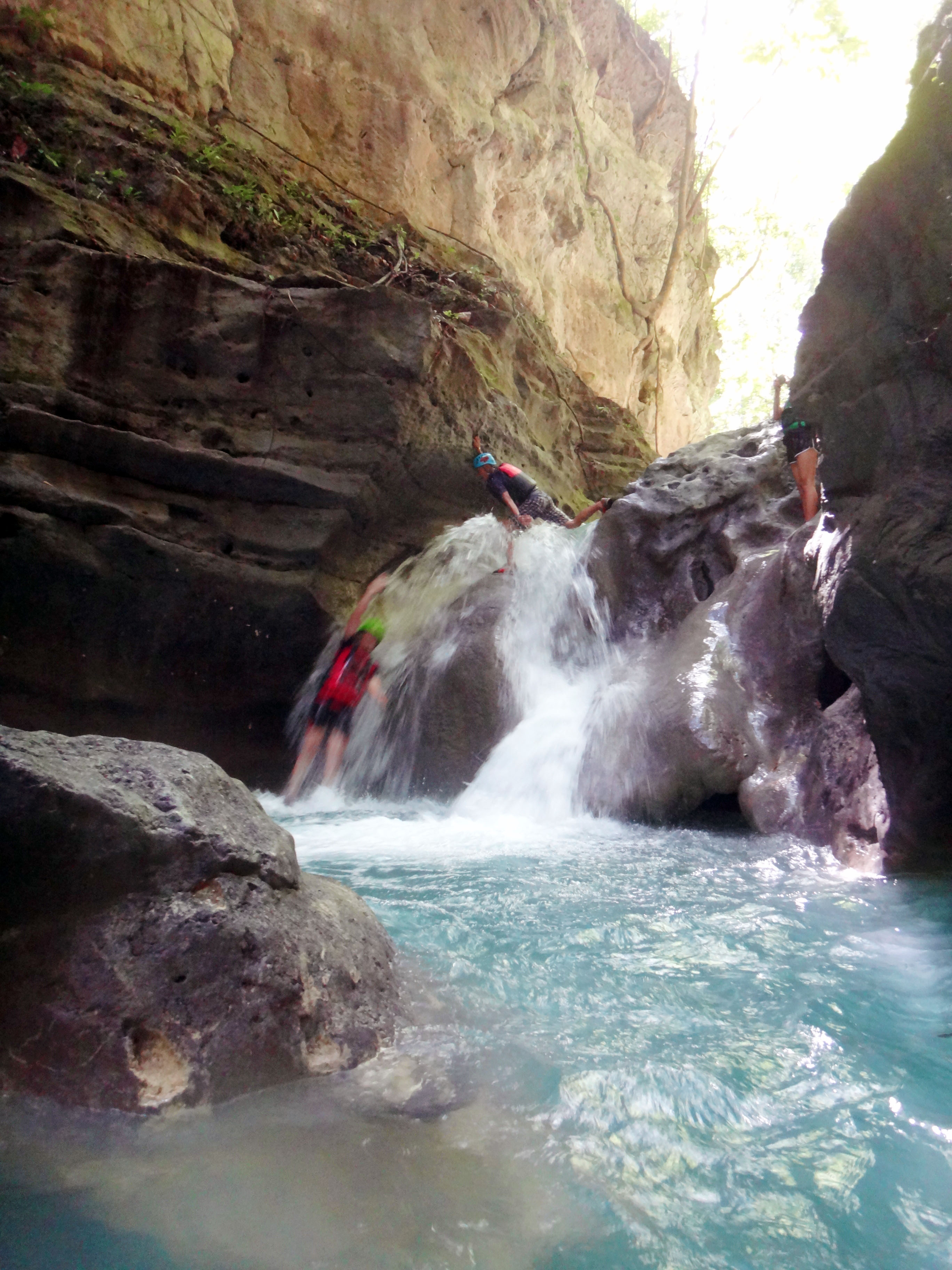 Canyoning action