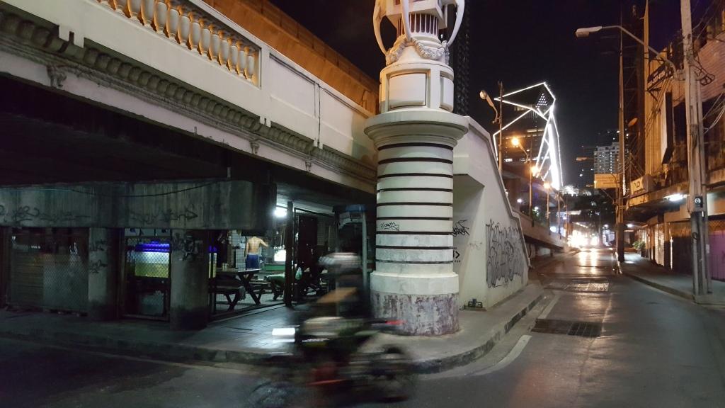 Streetscene Ratchathewi, Bangkok